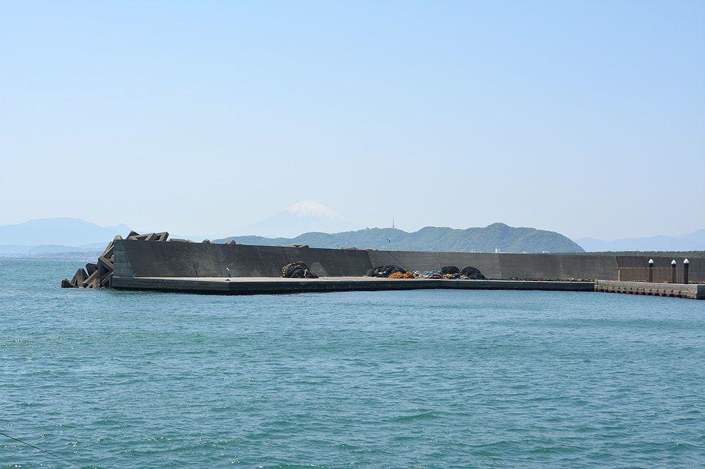 平塚, 富士山,ひらつかタマ三郎漁港, 平塚新港, 堤防釣り